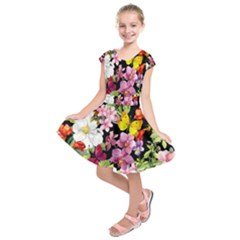 Beautiful,floral,hand painted, flowers,black,background,modern,trendy,girly,retro Kids  Short Sleeve Dress