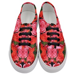 Beautiful Red Roses Women s Classic Low Top Sneakers