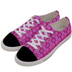 Pretty Pink Flower Pattern Women s Low Top Canvas Sneakers