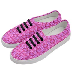 Pretty Pink Flower Pattern Women s Classic Low Top Sneakers