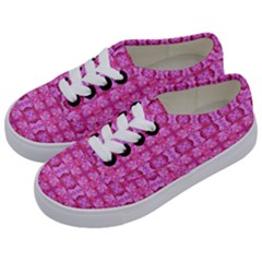 Pretty Pink Flower Pattern Kids  Classic Low Top Sneakers