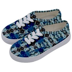 Royal Blue Abstract Pattern Kids  Classic Low Top Sneakers by Costasonlineshop
