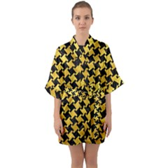 Houndstooth2 Black Marble & Gold Paint Quarter Sleeve Kimono Robe