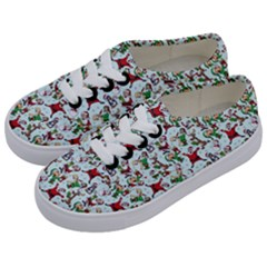 Christmas Pattern Kids  Classic Low Top Sneakers by tarastyle