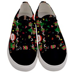 Santa And Rudolph Pattern Men s Low Top Canvas Sneakers