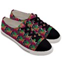 Hexagon-Cube-Bee cell Pink Pattern Men s Low Top Canvas Sneakers View3