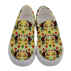 Santa With Friends And Season Love Women s Canvas Slip Ons