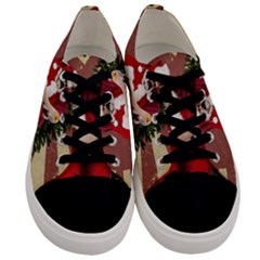 Karl Marx Santa  Men s Low Top Canvas Sneakers