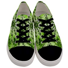 Lime Green Starburst Fractal Men s Low Top Canvas Sneakers