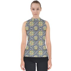 Beveled Geometric Pattern Shell Top by linceazul