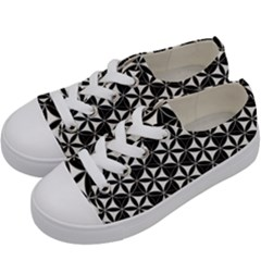 Flower Of Life Pattern Black White Kids  Low Top Canvas Sneakers by Cveti