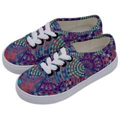 Gateway To Thelight Pattern 4 Kids  Classic Low Top Sneakers by Cveti