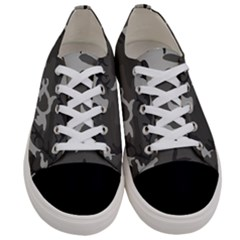 Camouflage Pattern Disguise Army Women s Low Top Canvas Sneakers