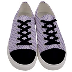Halloween Lilac Paper Pattern Men s Low Top Canvas Sneakers