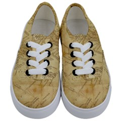 Vintage Map Background Paper Kids  Classic Low Top Sneakers