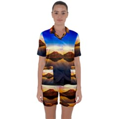 Crater Lake Oregon Mountains Satin Short Sleeve Pyjamas Set