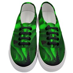 Aurora Borealis Northern Lights Women s Classic Low Top Sneakers