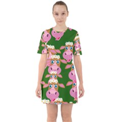 Seamless Tile Repeat Pattern Sixties Short Sleeve Mini Dress