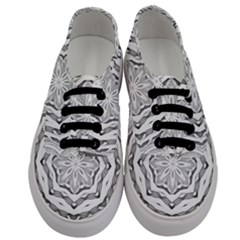 Mandala Pattern Floral Men s Classic Low Top Sneakers