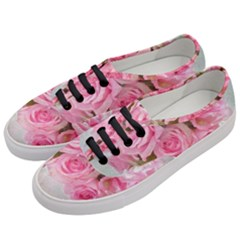 Pink Roses Women s Classic Low Top Sneakers by 8fugoso
