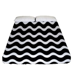 Wave Pattern Wavy Halftone Fitted Sheet (queen Size) by Celenk