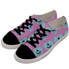 Cupcakes In Pink Men s Low Top Canvas Sneakers by snowwhitegirl