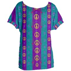 Peace Be With Us This Wonderful Year In True Love Women s Oversized Tee