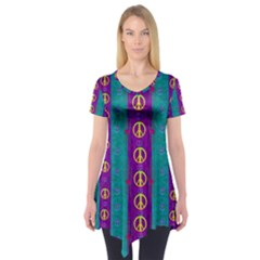 Peace Be With Us This Wonderful Year In True Love Short Sleeve Tunic