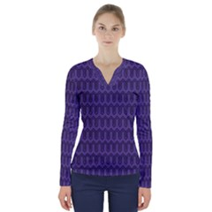 Color Of The Year 2018   Ultraviolet   Art Deco Black Edition V Neck Long Sleeve Top