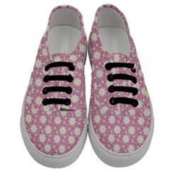 Daisy Dots Pink Men s Classic Low Top Sneakers