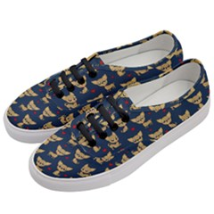 Chihuahua Pattern Women s Classic Low Top Sneakers by Valentinaart