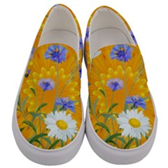 Flowers Daisy Floral Yellow Blue Men s Canvas Slip Ons