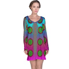 Meditative Abstract Temple Of Love And Meditation Long Sleeve Nightdress