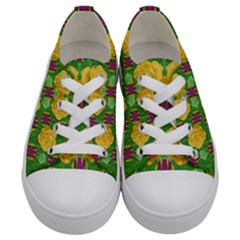 Roses Dancing On  Tulip Fields Forever Kids  Low Top Canvas Sneakers