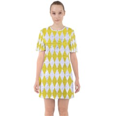 Diamond1 White Marble & Yellow Leather Sixties Short Sleeve Mini Dress