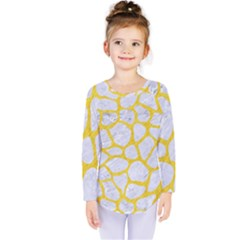 Skin1 White Marble & Yellow Colored Pencil Kids  Long Sleeve Tee