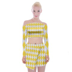 Diamond1 White Marble & Yellow Colored Pencil Off Shoulder Top With Mini Skirt Set