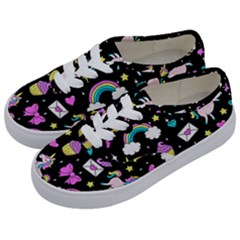 Cute Unicorn Pattern Kids  Classic Low Top Sneakers by Valentinaart