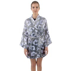 Skin5 White Marble & Silver Paint (r) Long Sleeve Kimono Robe