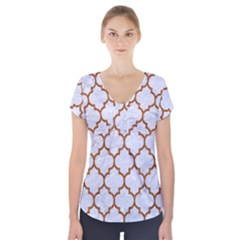 TILE1 WHITE MARBLE & RUSTED METAL (R) Short Sleeve Front Detail Top