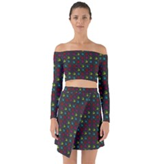 Roses Raining For Love  In Pop Art Off Shoulder Top With Skirt Set