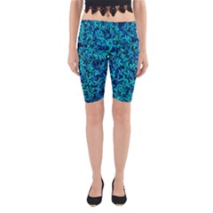 Teal Leafs Yoga Cropped Leggings by augustinet