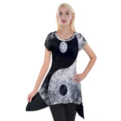 Grunge Yin Yang Short Sleeve Side Drop Tunic