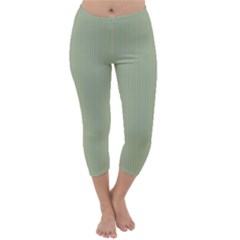 Background Pattern Green Capri Winter Leggings