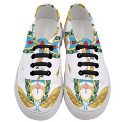 The Argentine Air Force Emblem  Women s Classic Low Top Sneakers