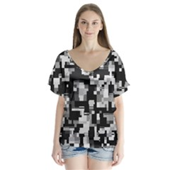 Noise Texture Graphics Generated V Neck Flutter Sleeve Top