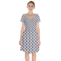 Abstract Shapes Short Sleeve Bardot Dress