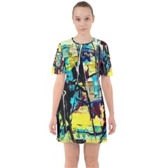 Dance Of Oil Towers 3 Sixties Short Sleeve Mini Dress