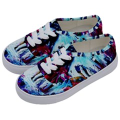 Dscf2355 - Funny House Kids  Classic Low Top Sneakers by bestdesignintheworld