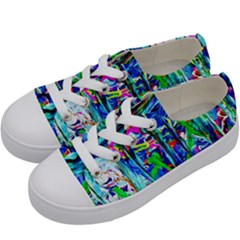 Dscf1656   Surfers Boards Kids  Low Top Canvas Sneakers by bestdesignintheworld